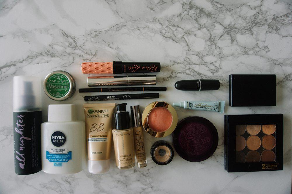 Een minimalistische make-up collectie