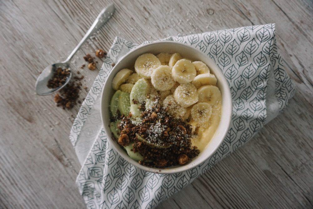Mango kokos smoothie bowl